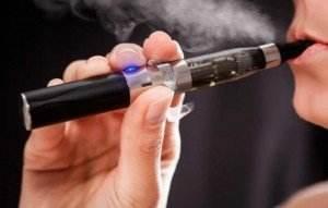 tigara-electronica 11.03.2015  - tigara electronica 11 - Tigara electronica poate fi de 5-15 ori mai cancerigena decat tutunul